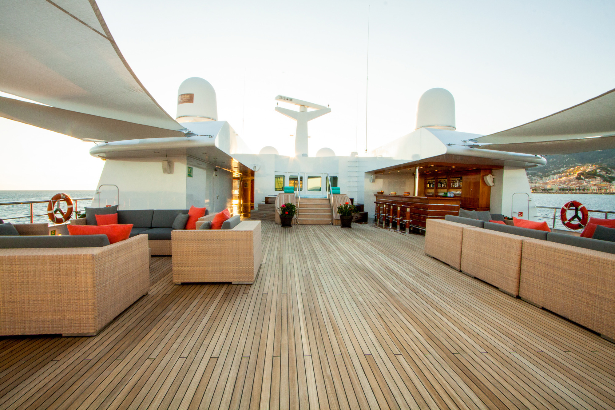 Greece_Luxury_Yachts_MY_LAUREN-L (6)