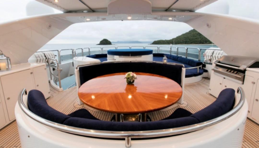Greece_Luxury_Yachts_MY_LAUREN-L (7)