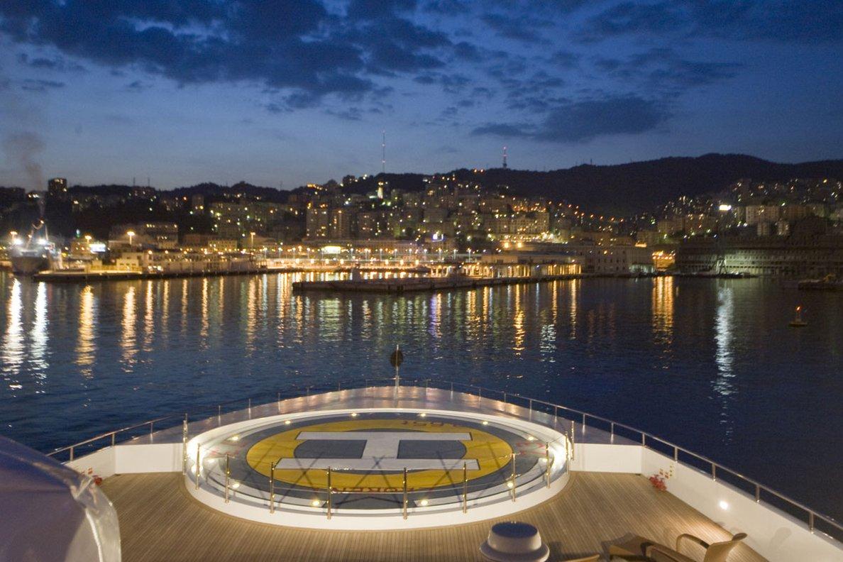 Greece_Luxury_Yachts_MY_LAUREN-L (8)
