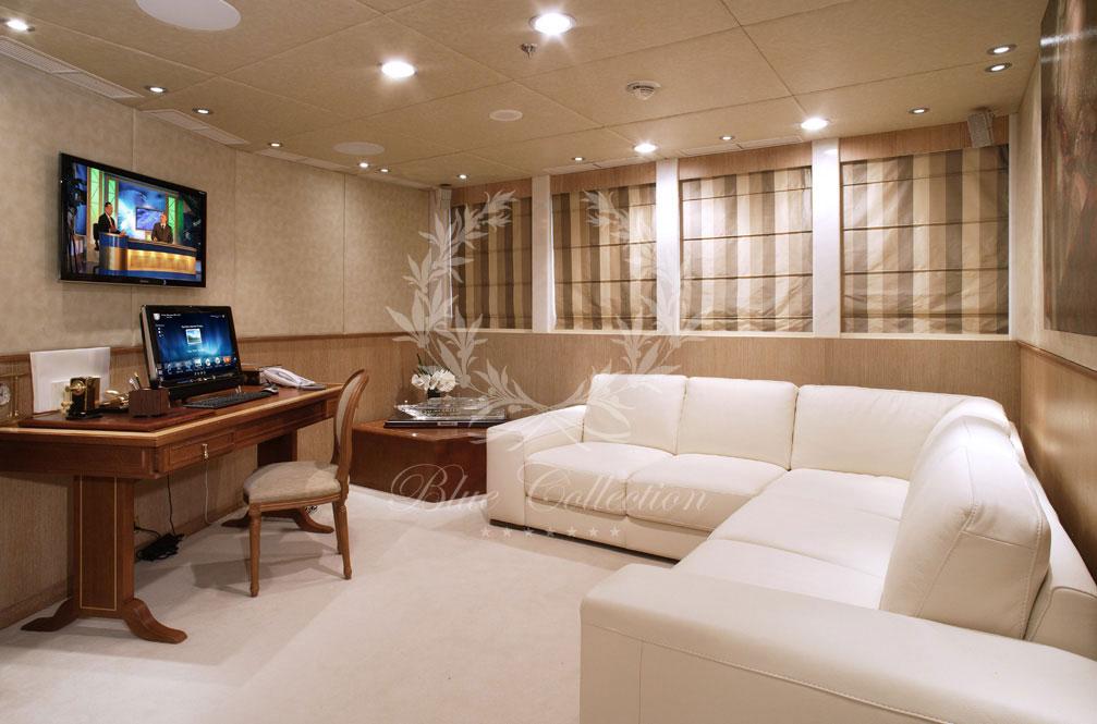 Greece_Luxury_Yachts_MY_MOONLIGHT-II-(4)