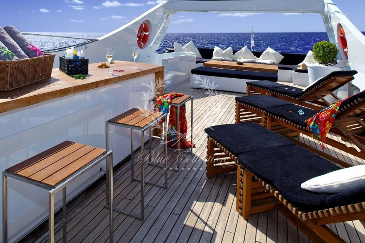 Greece_Luxury_Yachts_MY_TROPICANA-(12)