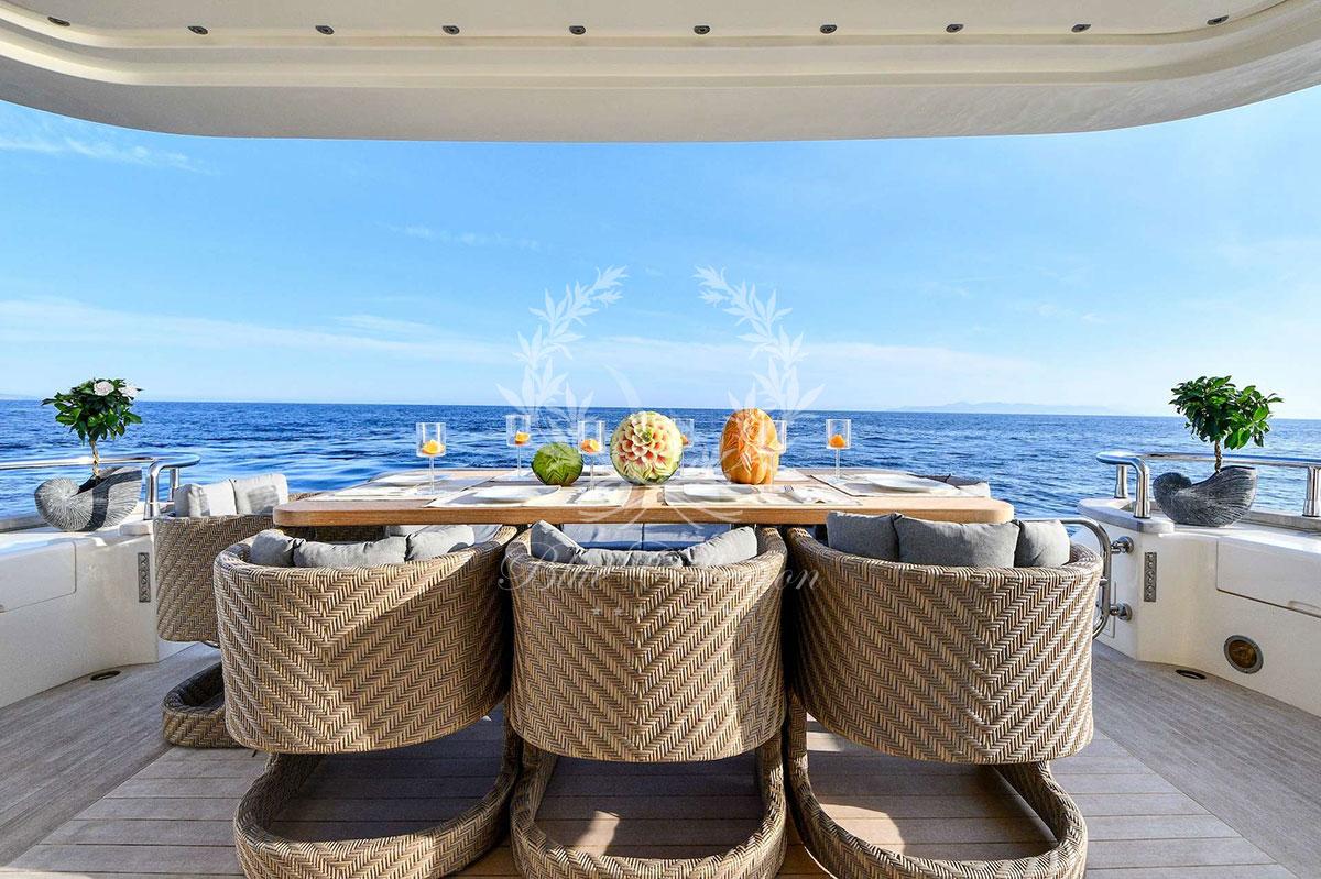 Greece_Luxury_Yachts_MY_AMERICA-(19)