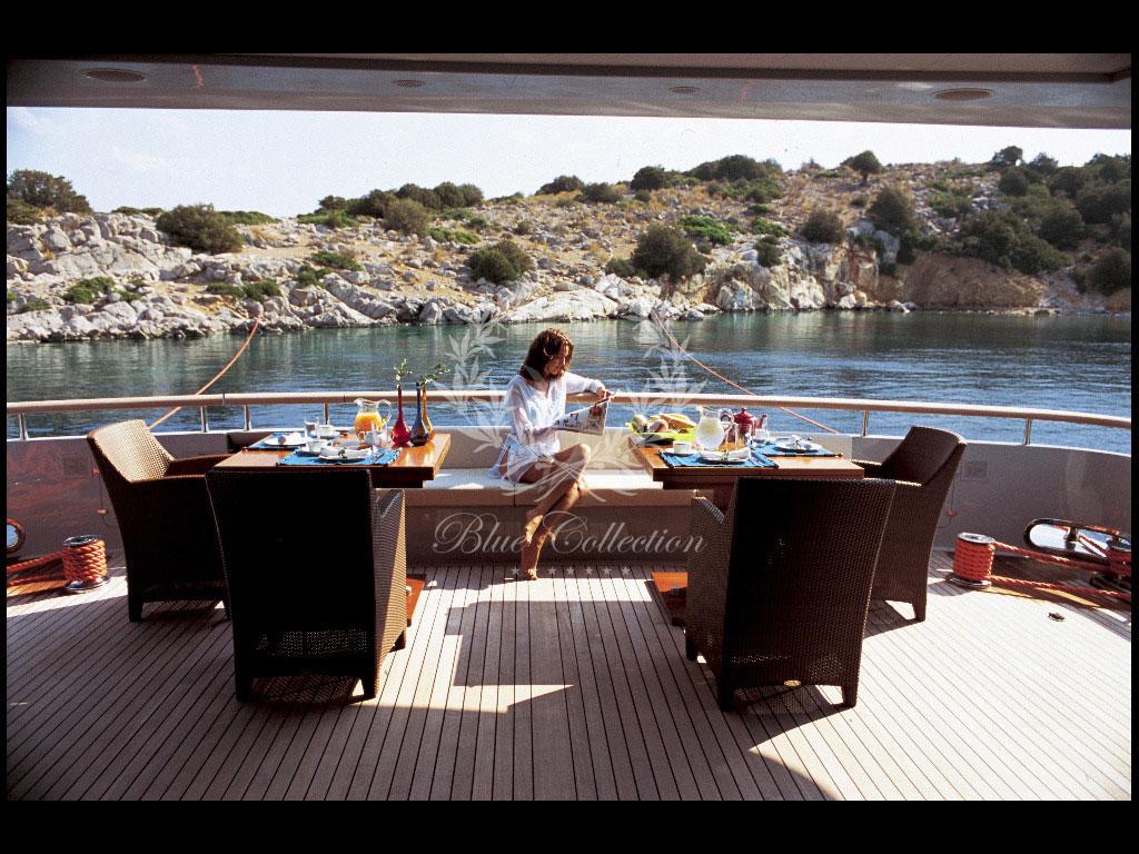 Greece_Luxury_Yachts_MY_KINTARO-(2)