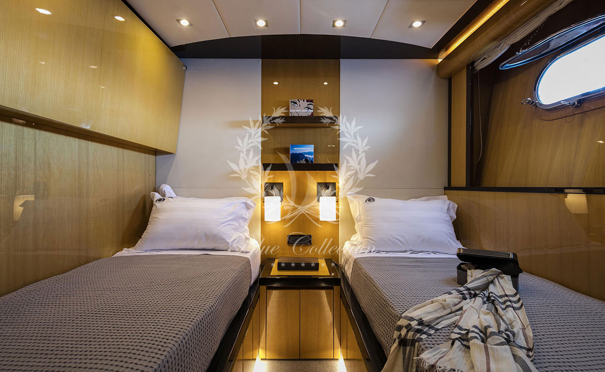 Luxury_Yachts_Greece_CAN_T_REMEMBER-(28)