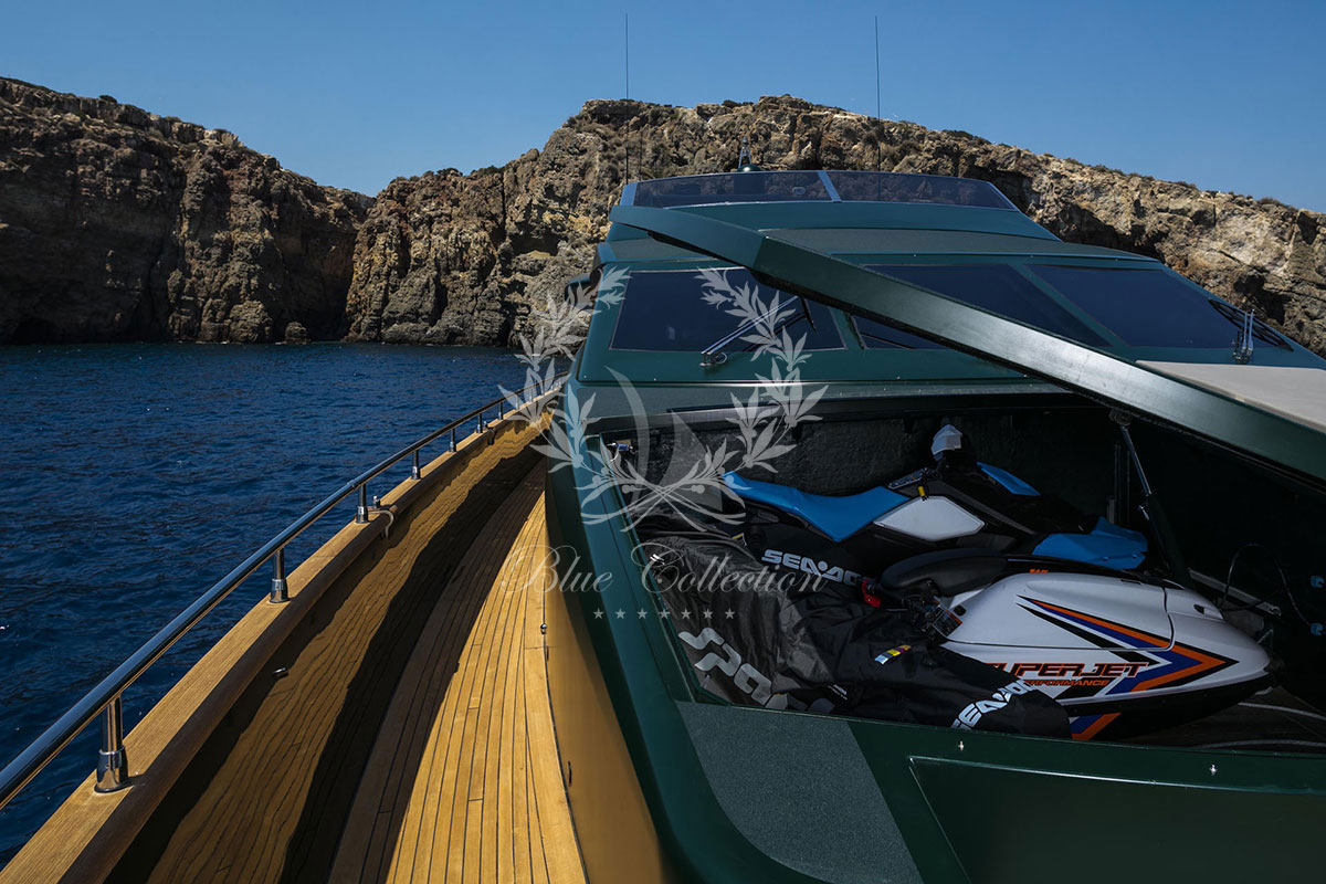 Luxury_Yachts_Greece_CAN_T_REMEMBER-(4)