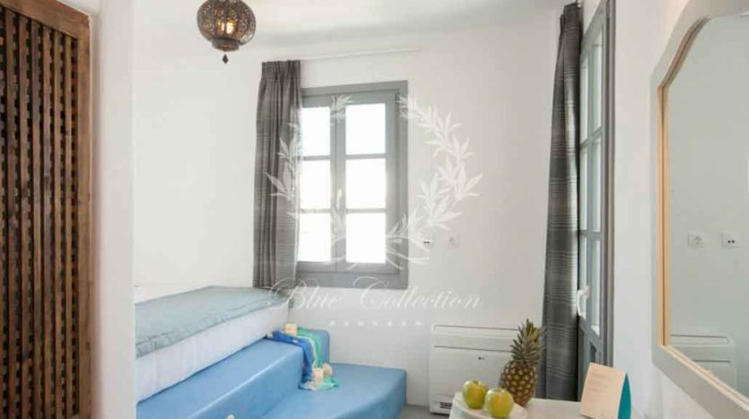 Santorini_Luxury_Villas-ForSale_STR-1 (12)