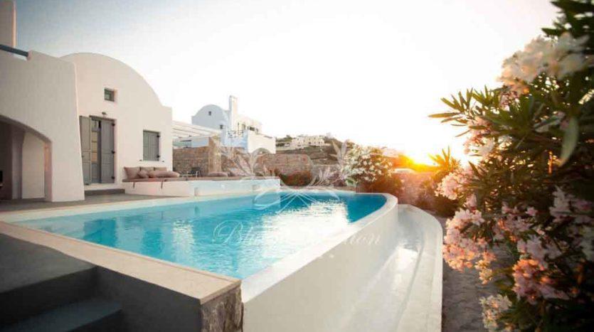 Santorini_Luxury_Villas-ForSale_STR-1 (31)