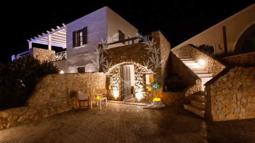 Santorini_Luxury_Villas-ForSale_STR-1 (8)